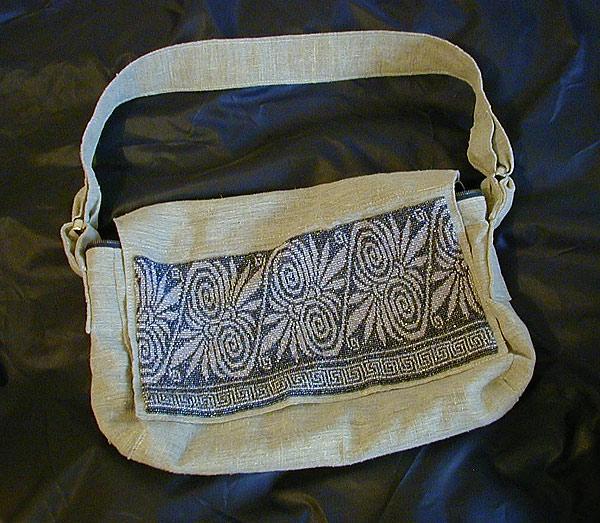 вышивка, вышивка бисером, рукоделие, украшение, украшение из бисера.