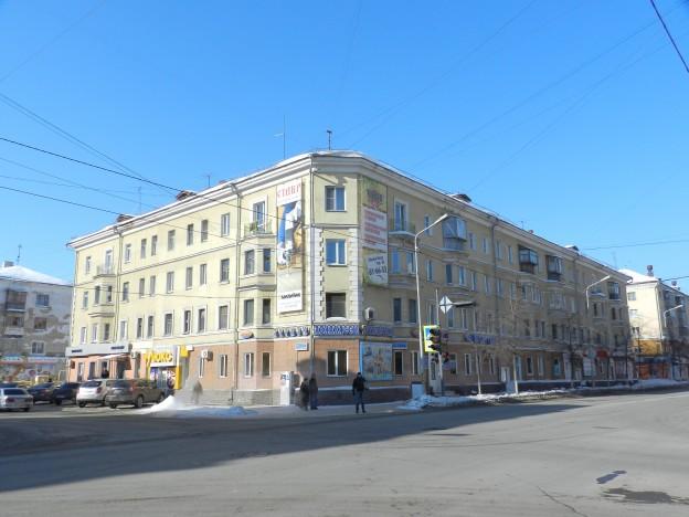 Горького, 107
