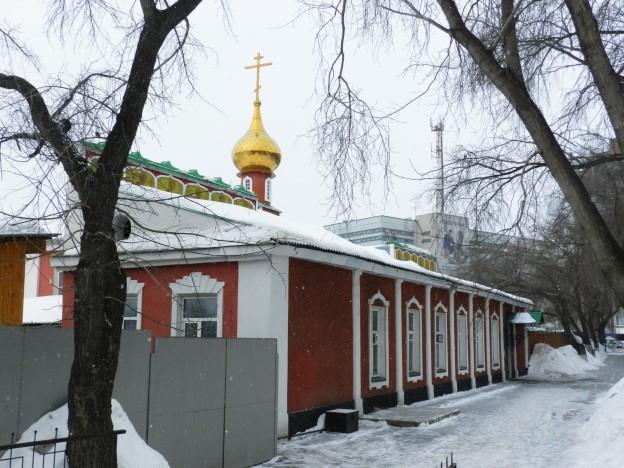 Благовещенская церковь в снегопад в снегопад